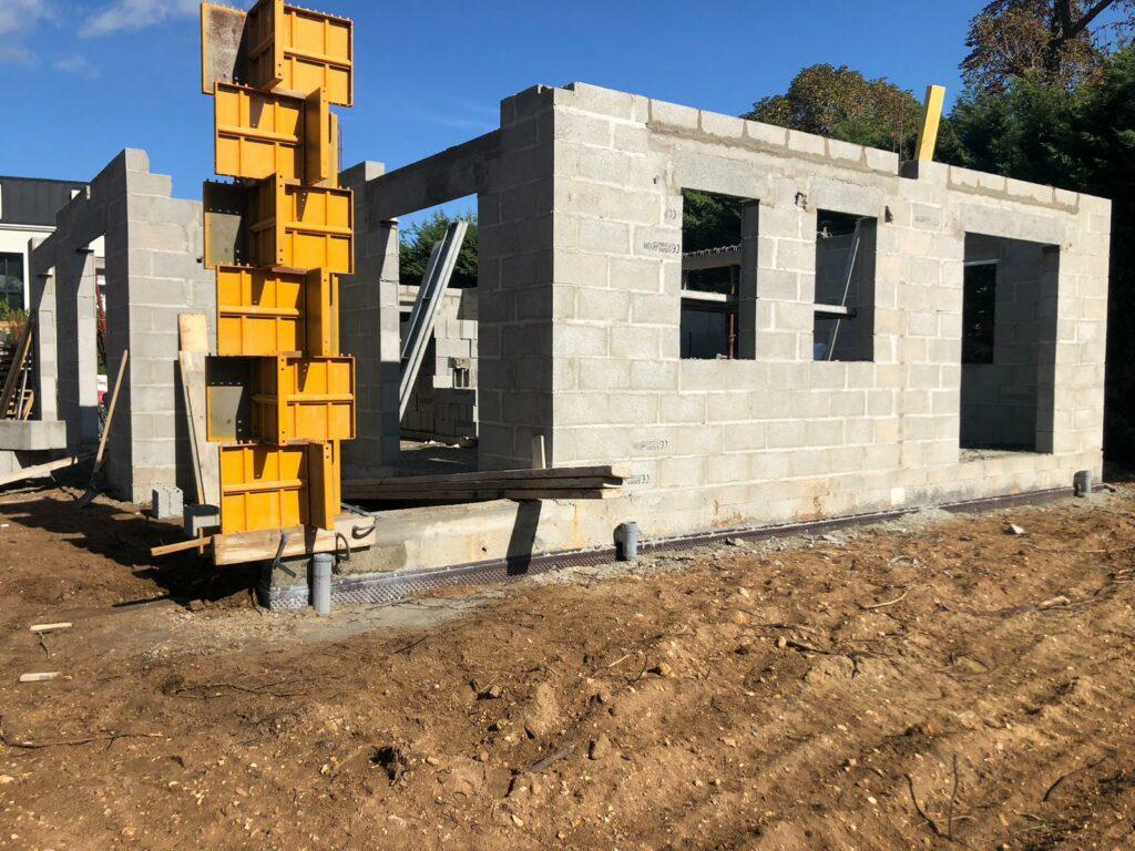 élévation des murs construction