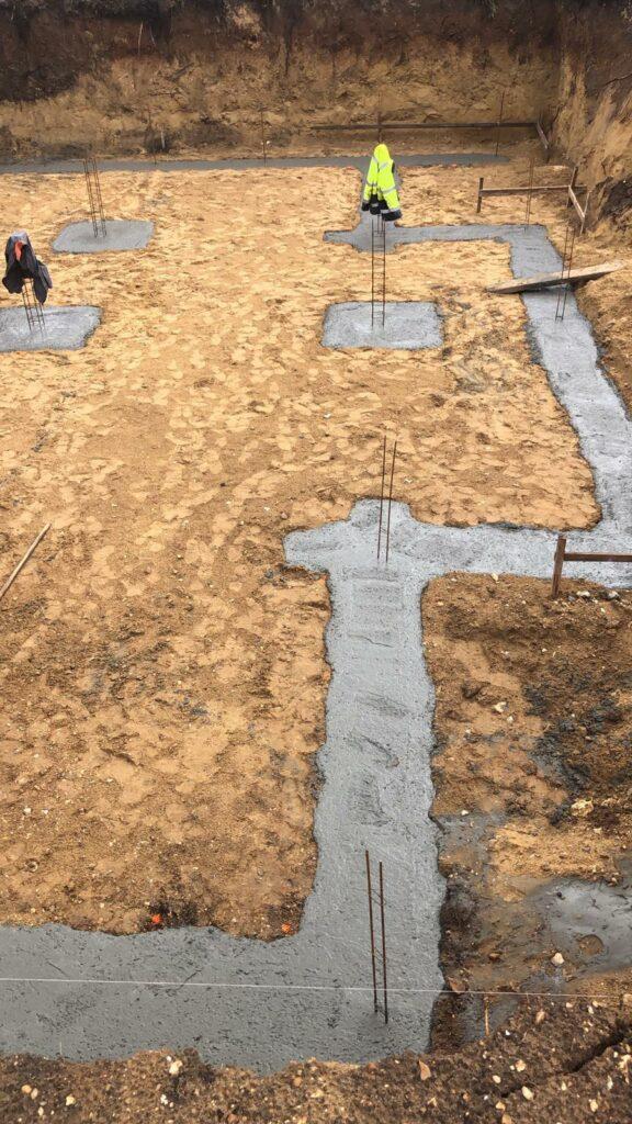 couler les fondations d'une maison